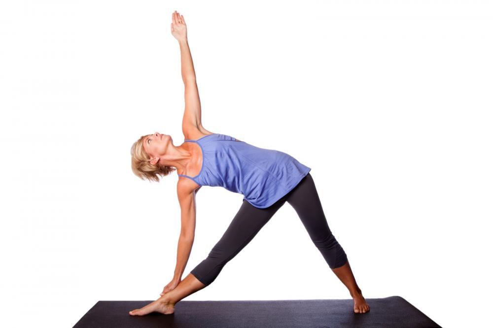 yoga stående posisjon